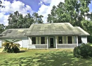 Foreclosed Home in Cantonment 32533 TAYLOR ST - Property ID: 4304400270