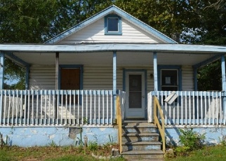 Foreclosed Home in Paulsboro 08066 S DELAWARE ST - Property ID: 4304621454