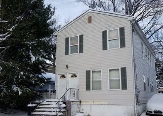 Foreclosed Home in Linden 07036 E ELM ST - Property ID: 4304700731