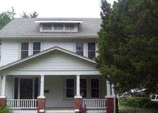 Foreclosed Home in Newton 67114 E 4TH ST - Property ID: 4304780889