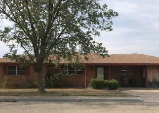 Foreclosed Home in Big Spring 79720 CHOCTAW DR - Property ID: 4304879418