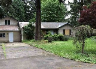 Foreclosed Home in Portland 97220 NE 112TH AVE - Property ID: 4304918397
