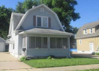 Foreclosed Home in Austin 55912 7TH AVE SE - Property ID: 4305009501