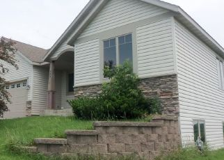 Foreclosed Home in Zumbrota 55992 GOLFVIEW AVE - Property ID: 4305010370