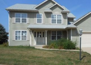 Foreclosed Home in Metamora 61548 KNOLLAIRE DR - Property ID: 4305079576