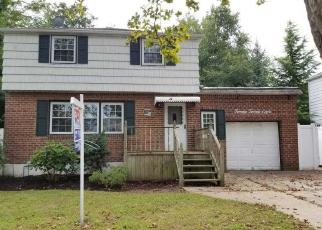 Foreclosed Home in Merrick 11566 BELLMORE AVE - Property ID: 4305371261