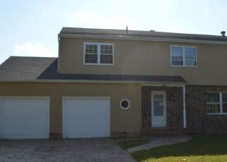 Foreclosed Home in Waterford Works 08089 MILLS DR - Property ID: 4305380911