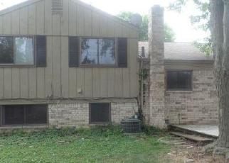 Foreclosed Home in Sterling Heights 48313 DELLA ROSA DR - Property ID: 4305388346