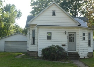 Foreclosed Home in Nokomis 62075 S MAPLE ST - Property ID: 4305494334