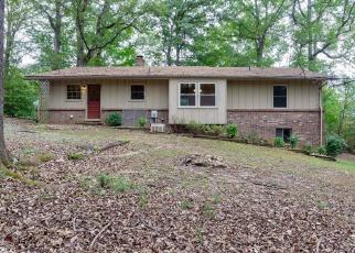 Foreclosed Home in Staunton 24401 HILLTOP DR - Property ID: 4305518422