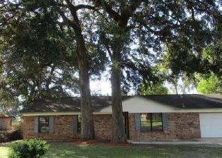 Foreclosed Home in Pensacola 32526 PRINCETON DR - Property ID: 4305563987
