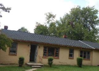 Foreclosed Home in Milford 22514 PERIMETER RD - Property ID: 4305627928