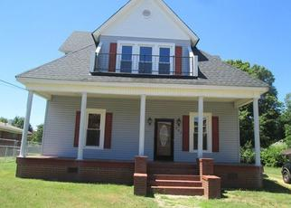 Foreclosed Home in Salisbury 28144 LINCOLNTON RD - Property ID: 4305635808