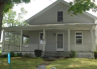 Foreclosed Home in Ford City 16226 ROSS AVE - Property ID: 4305696233