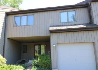 Foreclosed Home in Morristown 07960 CAROLYN CT - Property ID: 4305806612