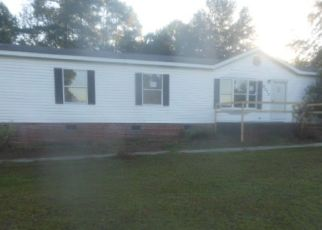 Foreclosed Home in Linden 28356 COATS RD - Property ID: 4306051438