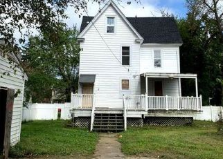 Foreclosed Home in Baltimore 21215 PENHURST AVE - Property ID: 4306143861