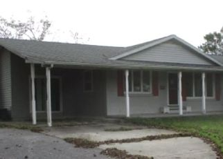 Foreclosed Home in Hammonton 08037 BOYER AVE - Property ID: 4306173190