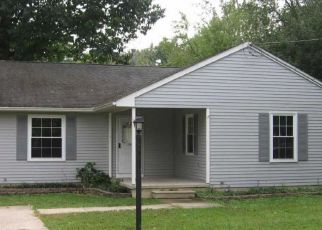 Foreclosed Home in Thorofare 08086 ASBURY AVE - Property ID: 4306180195