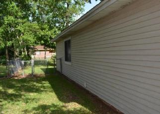 Foreclosed Home in Niceville 32578 PALM BLVD S - Property ID: 4306214364