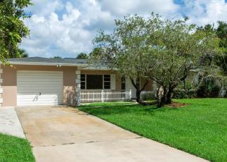 Foreclosed Home in Fort Pierce 34951 PENSACOLA RD - Property ID: 4306275237