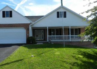 Foreclosed Home in Dillsburg 17019 RIDGEVIEW DR - Property ID: 4306287956