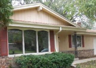 Foreclosed Home in Muskego 53150 MEADOW DR - Property ID: 4306389110