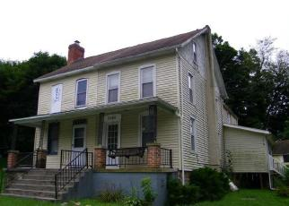Foreclosed Home in Spring Grove 17362 LEHMAN RD - Property ID: 4306518313