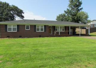 Foreclosed Home in Greenville 29617 STACY DR - Property ID: 4306539336