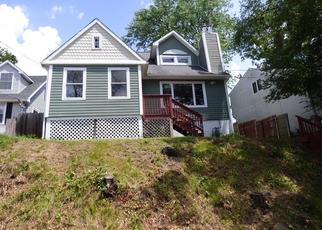 Foreclosed Home in Waterbury 06705 MACAULEY AVE - Property ID: 4306555996