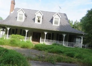 Foreclosed Home in Bryans Road 20616 FENWICK RD - Property ID: 4306644910