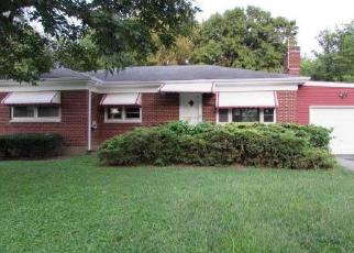 Foreclosed Home in Louisville 40219 ELISE WAY - Property ID: 4306773662