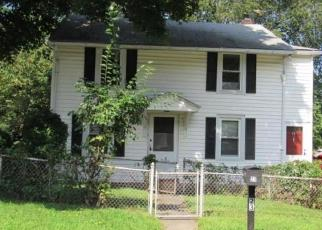 Foreclosed Home in White Plains 10603 EMMALON AVE - Property ID: 4306778925