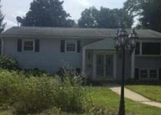 Foreclosed Home in Holyoke 01040 JOANNE DR - Property ID: 4306819652