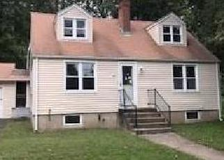 Foreclosed Home in Stratford 06614 LINTON ST - Property ID: 4306822269