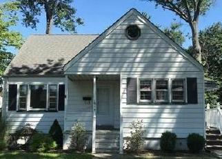 Foreclosed Home in Middlesex 08846 DECATUR AVE - Property ID: 4306865187