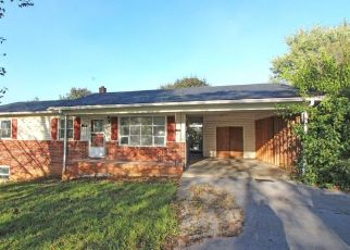 Foreclosed Home in Shenandoah 22849 N 2ND ST - Property ID: 4306910754