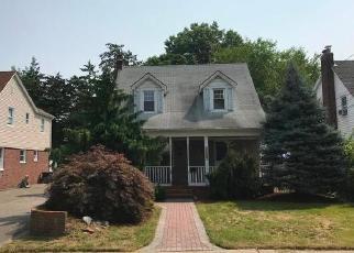 Foreclosed Home in Baldwin 11510 JOHN CT - Property ID: 4306963749