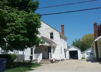 Foreclosed Home in Janesville 53545 RUGER AVE - Property ID: 4306978633