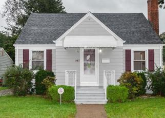 Foreclosed Home in East Haven 06512 ESTELLE RD - Property ID: 4307023304