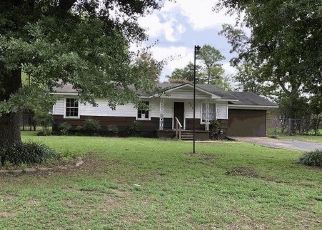 Foreclosed Home in Longview 75604 STEWART ST - Property ID: 4307053521