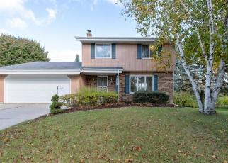Foreclosed Home in West Bend 53090 ROOSEVELT DR - Property ID: 4307057914