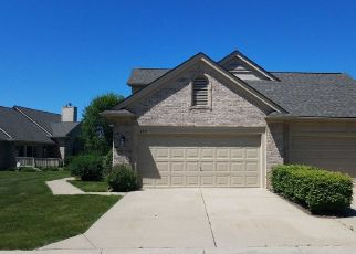Foreclosed Home in Sterling Heights 48314 REFLECTIONS DR - Property ID: 4307125345