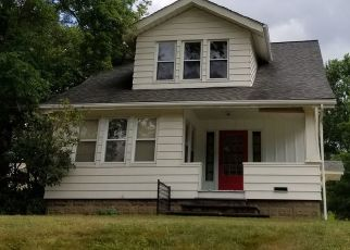Foreclosed Home in Tallmadge 44278 SOUTHWEST AVE - Property ID: 4307183605