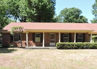 Foreclosed Home in Memphis 38118 KINGSGATE AVE - Property ID: 4307251485