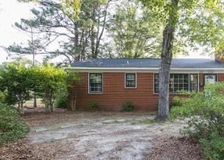 Foreclosed Home in Sanford 27330 LEE AVE - Property ID: 4307423161