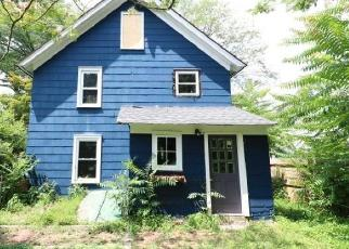Foreclosed Home in Mendham 07945 HAMPTON RD - Property ID: 4307802906