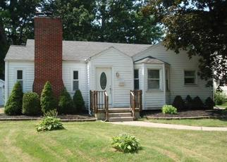 Foreclosed Home in Toledo 43614 ISLAND AVE - Property ID: 4307816473