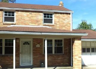 Foreclosed Home in Pittsburgh 15235 HOMEWOOD DR - Property ID: 4308065235