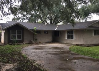 Foreclosed Home in Alice 78332 WASHINGTON DR - Property ID: 4308166414